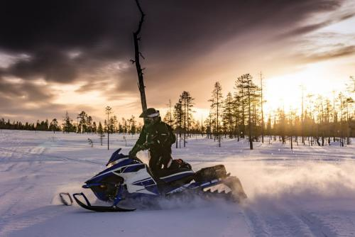 ludys-reizen-wintersport-sneeuwscooter-01