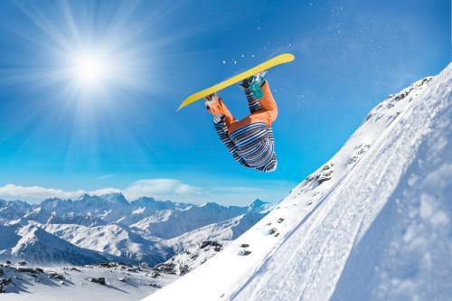 ludys-reizen-wintersport-snowboards-02