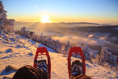 ludys-reizen-wintersport-zonsondergang-01
